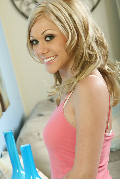 19 golden-haired doll Samantha Sinn flashing her good accustomed melons