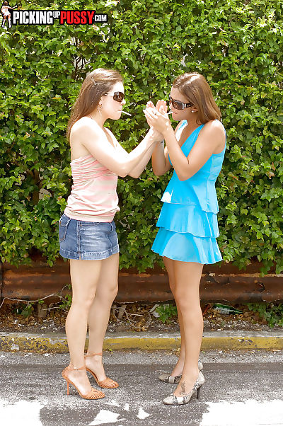 Adolescent amateurs Emilee Parker and Angelina Korrs have flawless groupsex